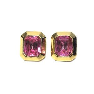 Jewelry - Vintage gold tone square pink rhinestone clip on